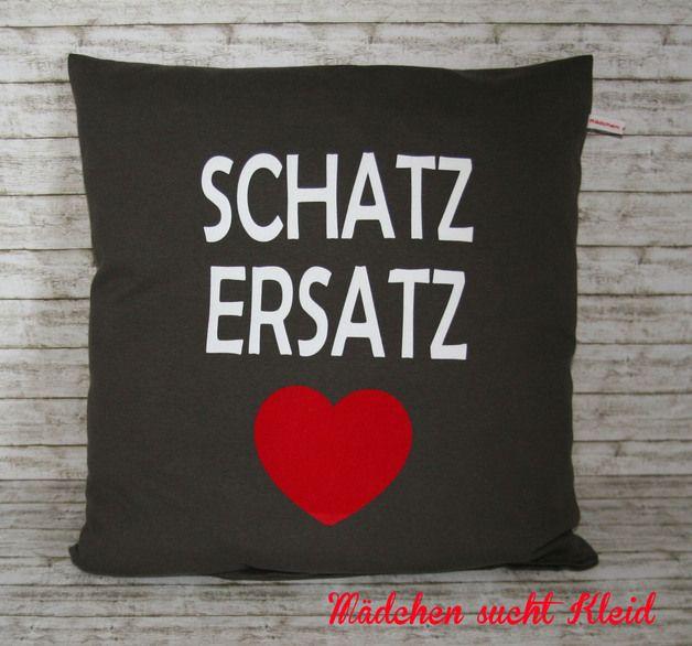 "Geschenkidee: Kissen ""Schatzersatz"" // pillow by Mädchen sucht Kleid via DaWanda.com"