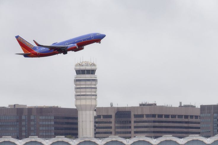 FBI probe of alleged plane hack sparks worries over flight safety - The Washington Post