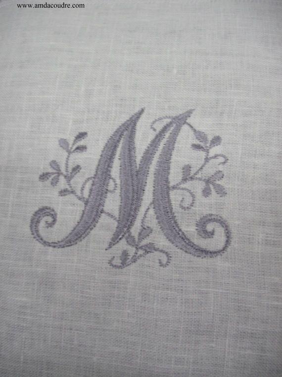17 meilleures id es propos de monogramme m sur pinterest initiales initiales de monogramme - Apprendre a broder des lettres ...