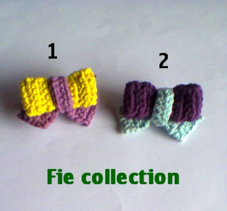 Small bow brooch