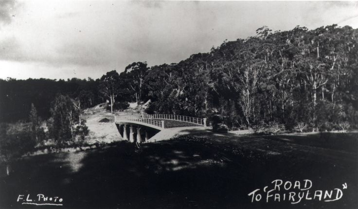 """Fullers Bridge across Lane Cove River: looking towards Chatswood, 1920s. [photograph] : """"The Road to 'Fairyland'"""""""