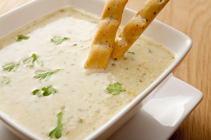 Fokhagymás, tejszínes zellerkrémleves - Egy igazán méregtelenítő fogás - Recept | Femina