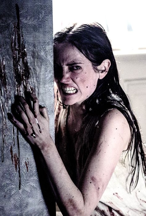 """Scary as **** episode......... Eva Green 