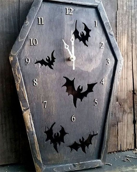 MADE TO ORDER Coffin Clock, Bat Clock, Gothic Clock, Clock, Bat, Gothic, Gothic Furniture, Horror, Horror Decor, Gothic Decor