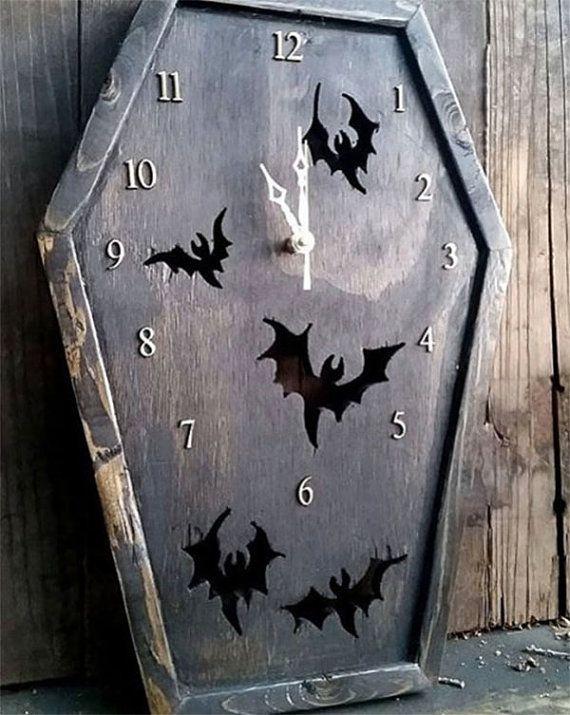 MADE TO ORDER Coffin Clock, Bat Clock, Gothic Clock, Clock, Bat, Gothic, Gothic Furniture, Horror, Horror Decor, Gothic Decor