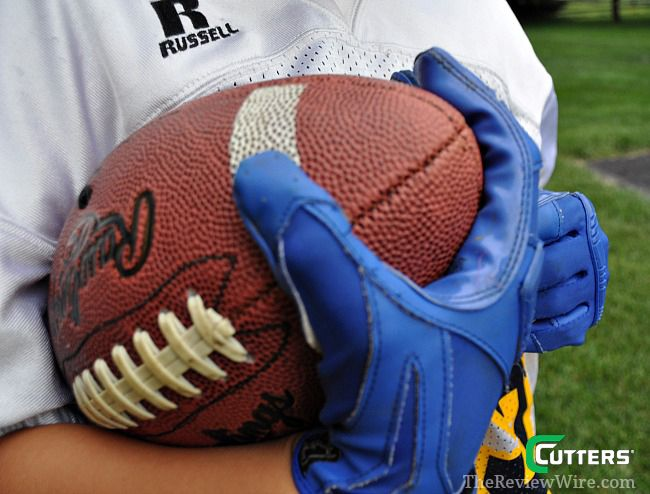 Shock Doctor Sports Review: Cutters Gloves and Shock Doctor #Football
