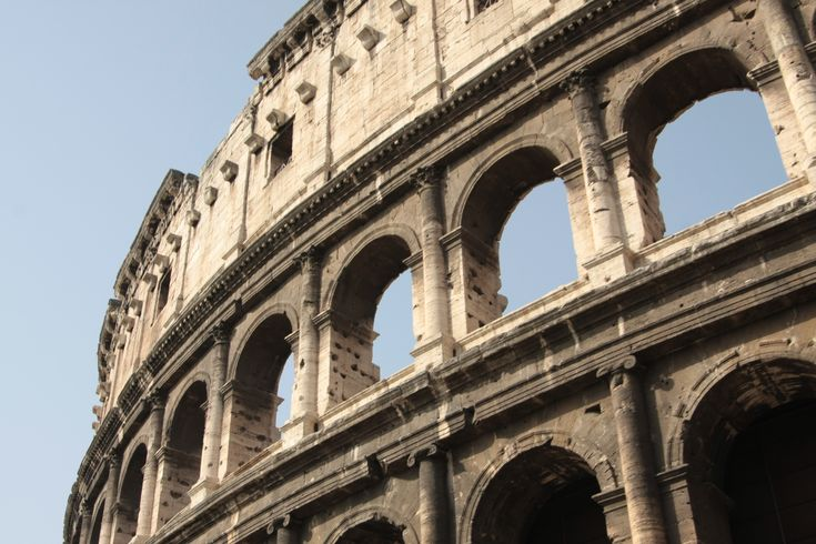 What to visit in Rome? The colosseum!