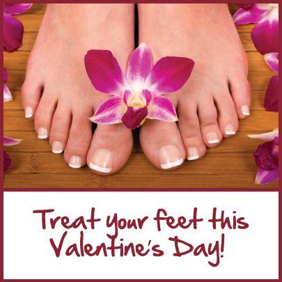 Nog geen cadeautje voor je Valentijn gevonden? Verwen je geliefde met een volledige pedicurebehandeling van 26 euro. (Afb nail art.com).