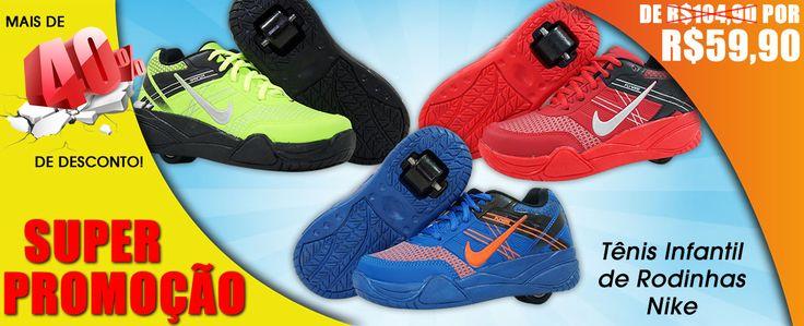 Faça a criançada feliz com oTênis Nike Roller! O Tênis Infantil de Rodinha da Nike que é a febre no mundo todo. Ele é dois em um. Use como um tênis comum ou com rodinhas e faça altas manobras. As rodinhas vem com rolamentos iguais de skate, e possuem durabilidade e garantia para o que foi feito. Fácil remover as rodinhas e usar como um tênis comum. Muito confortável e resistente.