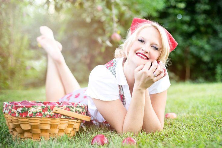 #apples #autumn #fall #pretty #woman
