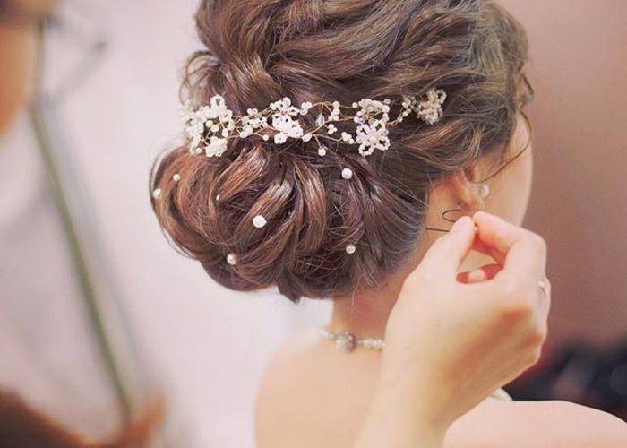 ヘアスタイルに〔パール〕を潜ませた、可愛いぎる結婚式の髪型7選♩