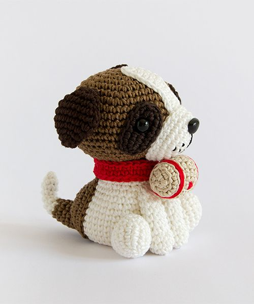 Amigurumi Winter Wonderland - Saint Bernard dog. (Pattern available to buy as part of a book).