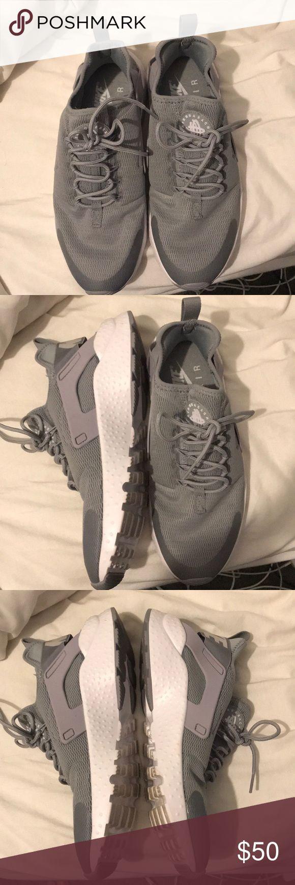 grey nike huaraches size 9.5 worn twice grey nike huaraches in great condition worn only twice Nike Shoes Sneakers