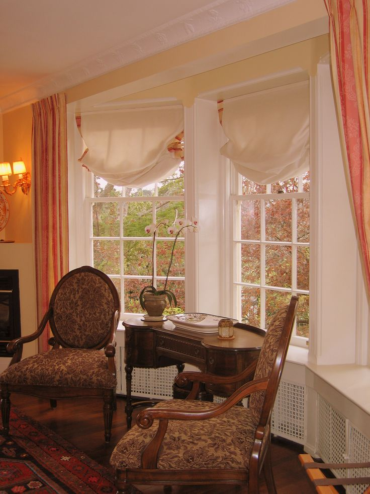 Zanzibar Suite's bay windows