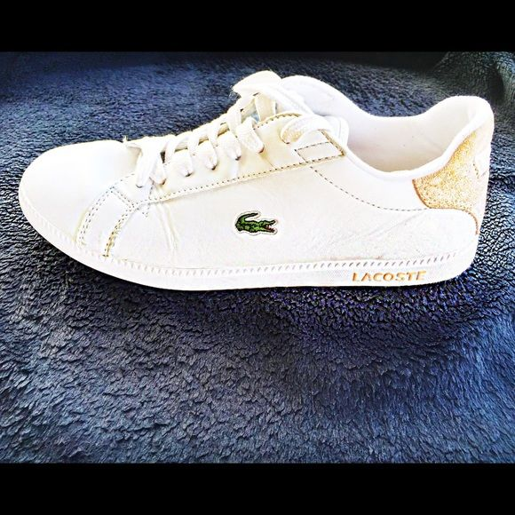 Lacoste White Women's Shoe, Size 8.5 White tennis shoe by Lacoste. In a good condition. Lacoste Shoes