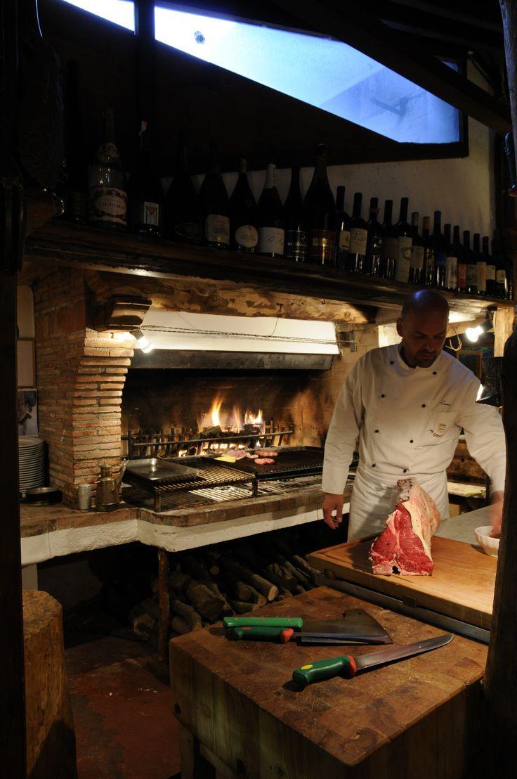 Lo Chef Ennio e le grigliate estive http://www.cadelach.it/i-ristoranti/la-baracheta.php #cadelach #ristoranti #revinelago #treviso