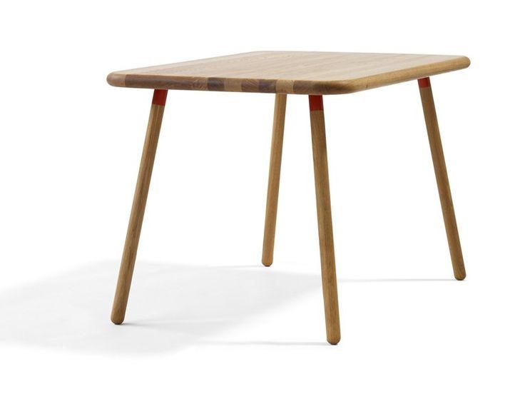 Tisch aus Eichenholz Kollektion Honken by Blå Station | Design Stefan Borselius, Thomas Bernstrand, Johan Lindau