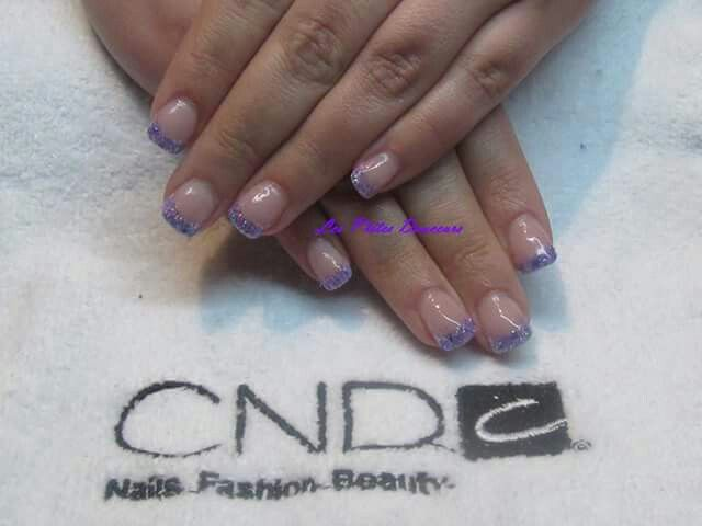 Acrylic nails with glitter and mylar