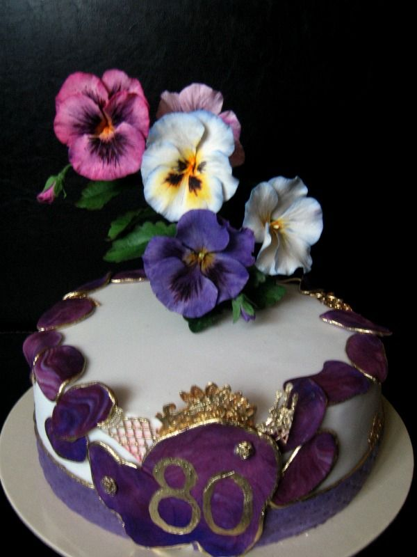 Pansie cake