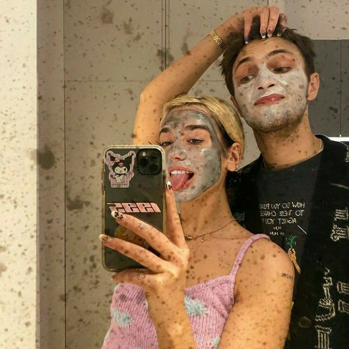 Dua Lipa & Anwar Hadid | Cute couples, Lipa, Cute couples goals