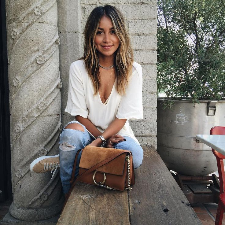 Chillin'. / excited to change up my hair for fall with my girl @nikkilee901 soon! @ninezeroone