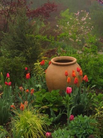 Empty pots as focal points serve well at any transition area ~