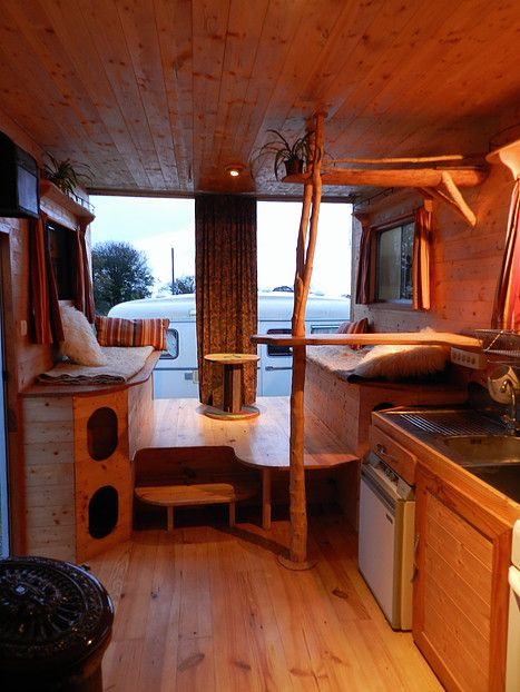 renovation interieur camping car good camping car ford transit with renovation interieur. Black Bedroom Furniture Sets. Home Design Ideas