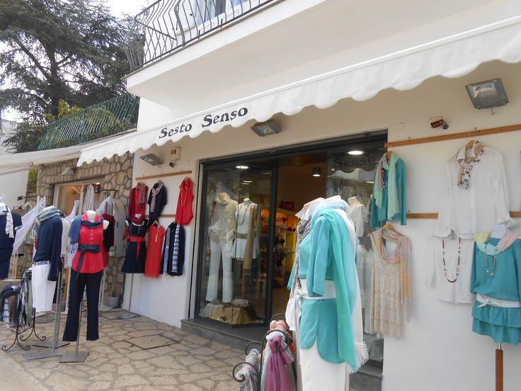 outside boutique | Moda Mare and Stile marinaio - a shop set against a lush Ananacapri ...