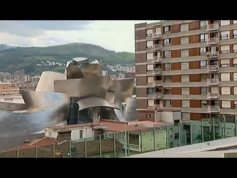 Le Musee Guggenheim de Bilbao - Frank Gehry, 1997.