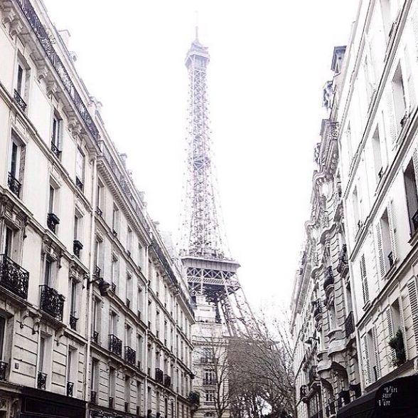 See you next week mon amour .. ✨ #paris