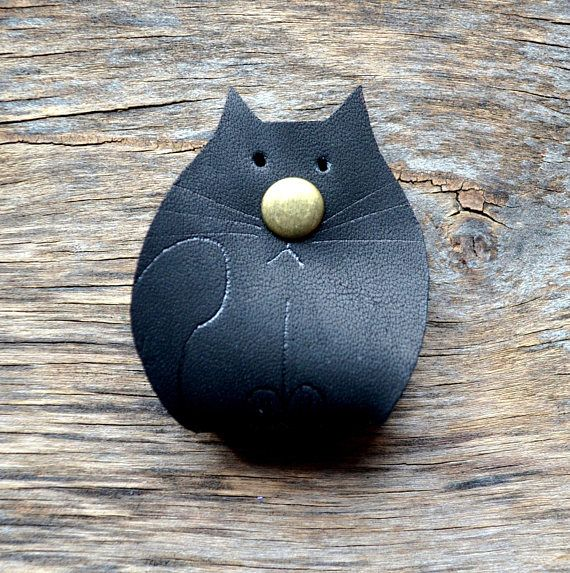 cat Cord holder organizer earbud holder black cat leather