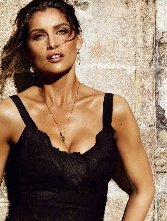 Laetitia Casta. Dolce & Gabbana classic fragrances pour homme et femme #mariotestino