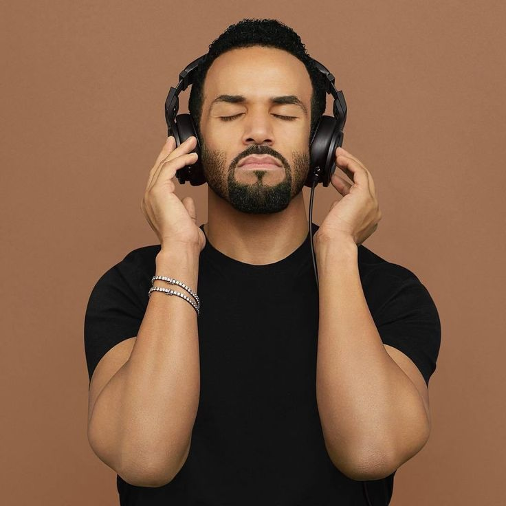 craig david confirms his first album in six years will be full of rnb bangers | read | i-D via @CraigDavid 2015 was kinda the year of the Craig David comeback. It all began with his huge Fill Me In x Where Are Ü Now cover on BBC 1Xtra in December