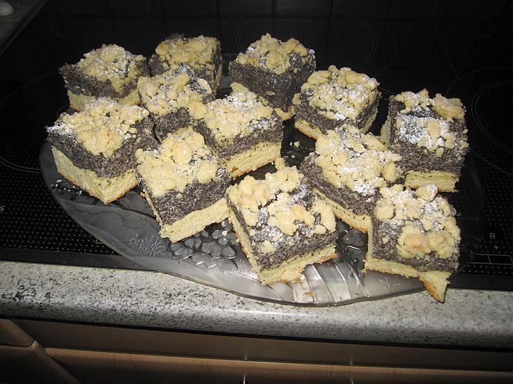 Schlesischer Mohnkuchen, ein tolles Rezept aus der Kategorie Kuchen. Bewertungen: 33. Durchschnitt: Ø 4,5.