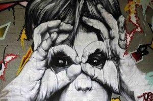 Tien etages graffitikunst langs de Seine - In beeld