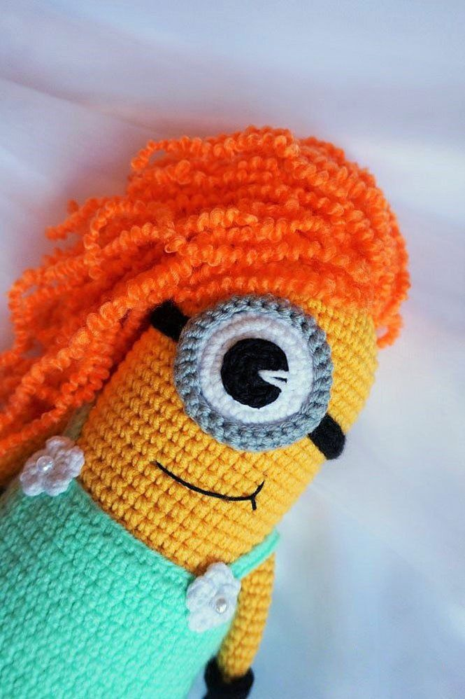 Crochet minion girl amigurumi pattern
