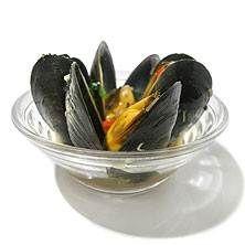 Thailändska musslor med koriander och basilika