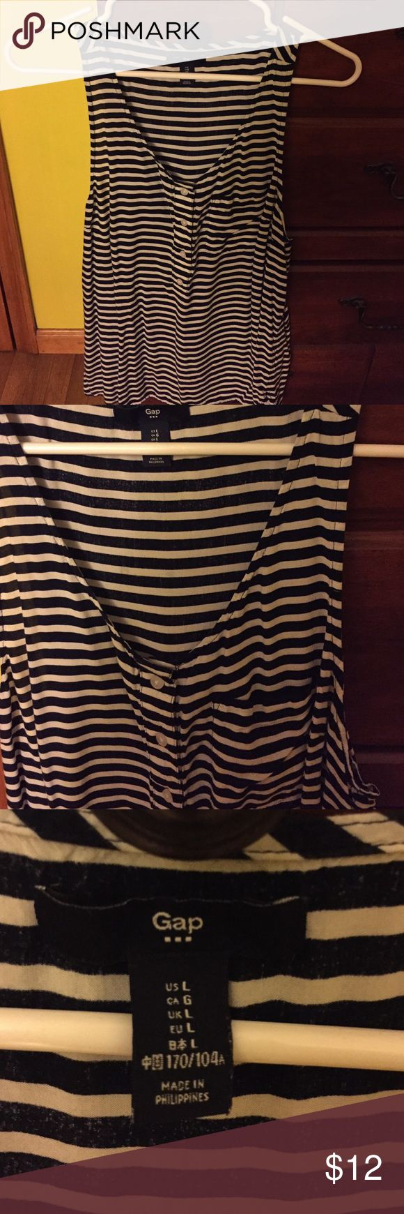 Women's tank top Blue and white stripes tank top with little chest pocket and buttons GAP Tops Tank Tops