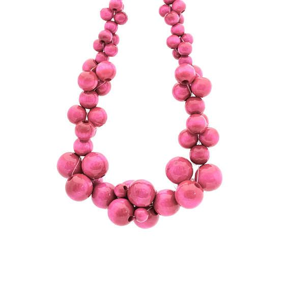 MoleCOOLs Pink wooden necklace