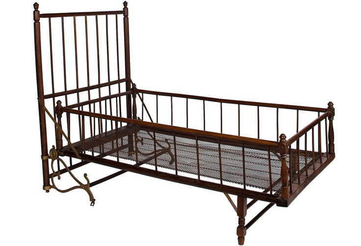 how cute is this? Victorian folding bed