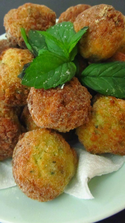 Budino alla Celestino: Polpette di zucchine http://www.budinocelestino.com/2014/06/polpette-di-zucchine.html