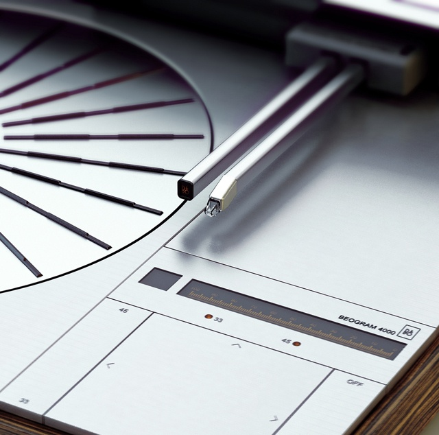 Bang & Olufsen Beogram 4000 designed by Jacob Jensen (1972). Ultra modernity with an innovative linear tracking arm