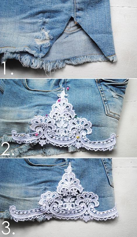 En la costura lateral de los shorts, corta un triángulo Corta un trozo de encaje un poco más grande del triángulo de los shorts. Con alfileres, fija el encaje tal y como quieres que quede en los shorts.Mete el hilo en la aguja y haz un nudo al final de la aguja. Cose el encaje en los pantalones. asegurándote de coser tanto la parte interior como exterior. Cuando acabes, ata algunos nudos y corta el resto del hilo.