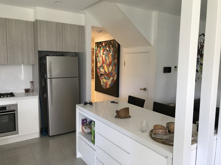 Artwork by Glenn Farquhar 150cm x 120cm created at Art Fusion Studio & Gallery Sydney acrylic on canvas #artfusion #artfusionart #interiordesignart #artideas #interior #design #decorart #artwork #artlessons #artsydney #artstudio #artist #art #customart