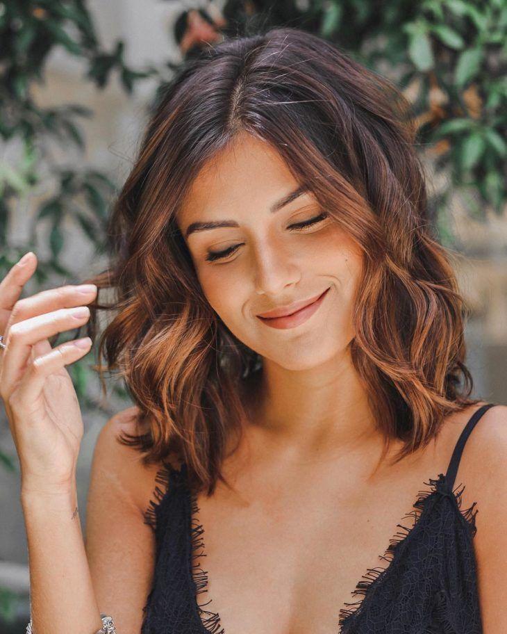 Luzes mel: 50 ideias dessa cor que é a cara do verão | Cool hairstyles, Hair makeup, Hair shades