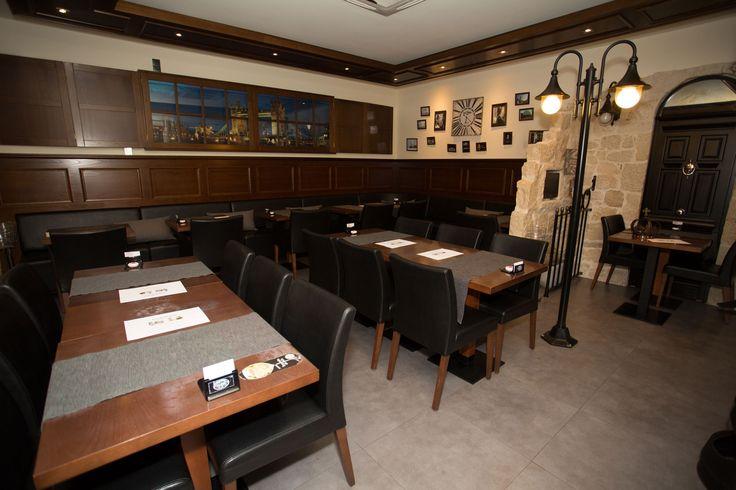 #Sala #bar #restaurante #cantanhede #portugal #tempusinlondon #batizados #chá #bebe #musica #vivo #jazz #acústico #generalista #conforto #candeeiros #nottinghill #simpatia #serviço #comida #espetáculos #cinema #sportv #wifi #jantar #grupo