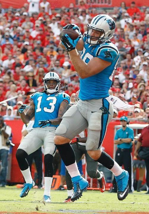 Panthers Buccaneers Football Greg Olsen, Kelvin Benjamin