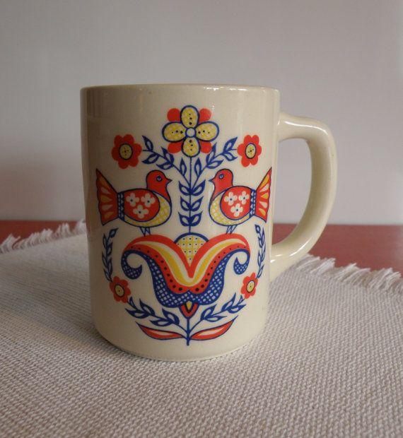 Berggren Trayner Scandinavian Folk Art Bird mug
