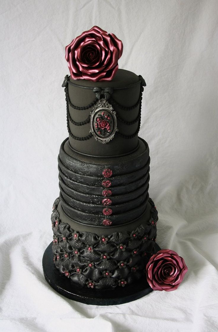Daring Dark Florals For A Gothic Wedding Theme | CHWV   Black And Red  Wedding Cake