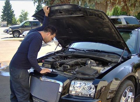 It is important to cure #auto electrical problems before you get into some real trouble. #Electrical problems in #vehicles can turn out to be a frustrating and at the…